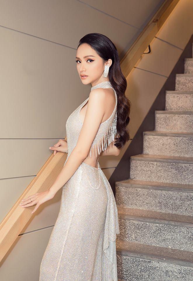 Những khoảnh khắc đẹp tựa nữ thần giúp Hương Giang càn quét dàn mỹ nhân trong nước và quốc tế-9