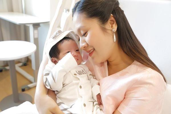 Tăng gần 20kg khi mang thai, thế mà Thanh Thúy về dáng thon gọn bất ngờ chỉ sau 1 tháng sinh con-1