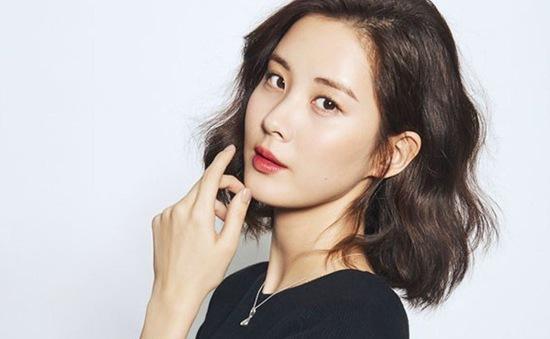 Mợ chảnh Jeon Ji Hyun để mặt mộc mà vẫn nổi bần bật tại sân bay-3