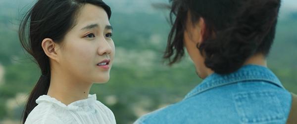 Hot girl trà sữa Kiều Trinh hẹn hò cùng nam thần The Face Xuân Phúc trong phim ngôn tình-4