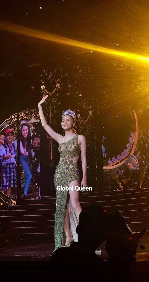 Sát giờ chung kết Hoa hậu Chuyển giới Quốc tế, Hương Giang thả thính bằng 4 bộ đầm dạ hội đẹp nghẹn lời-6