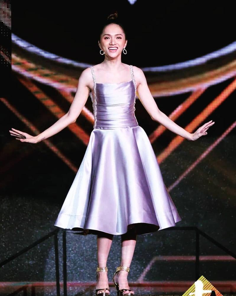Sát giờ chung kết Hoa hậu Chuyển giới Quốc tế, Hương Giang thả thính bằng 4 bộ đầm dạ hội đẹp nghẹn lời-7