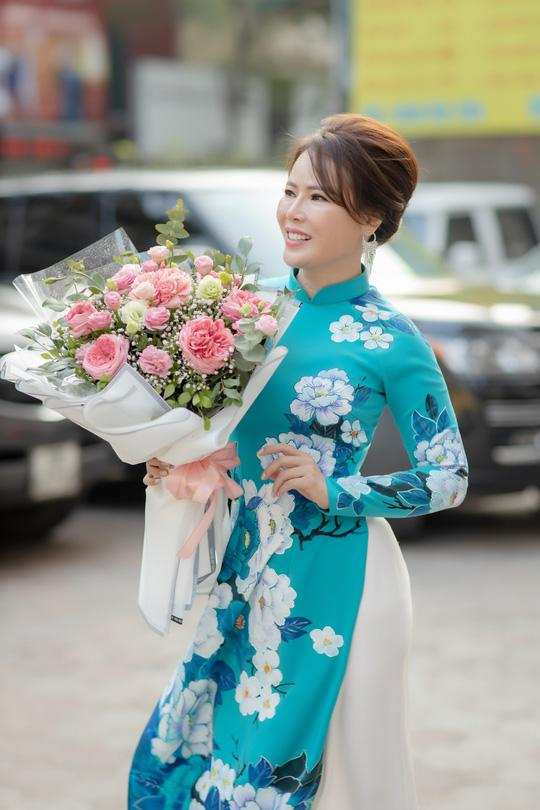 Chọn ngày 8/3, Mrs Việt Nam 2018 Trần Hiền kể về quãng thời gian từng bị tống tiền, bôi nhọ sau ly hôn-1
