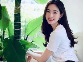 Khoe nhan sắc mê hồn, hoa hậu Đặng Thu Thảo nhắn chị em 'đừng quên mỉm cười' ngày 8/3