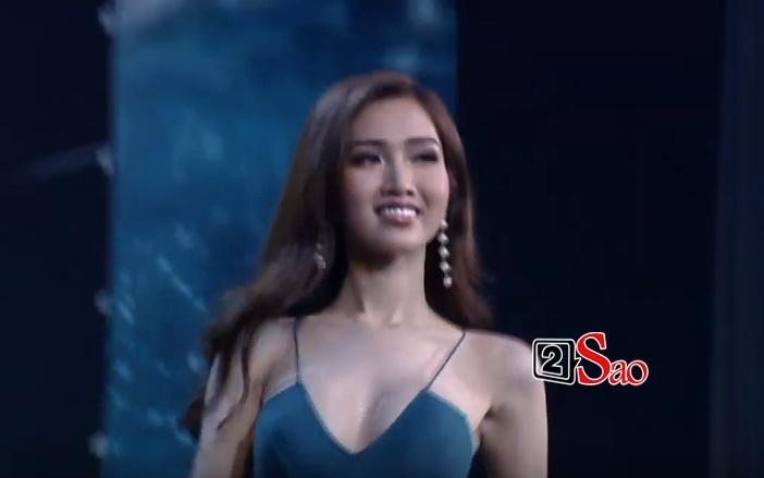 Nhật Hà tự tin trình diễn bikini trong top 12-1