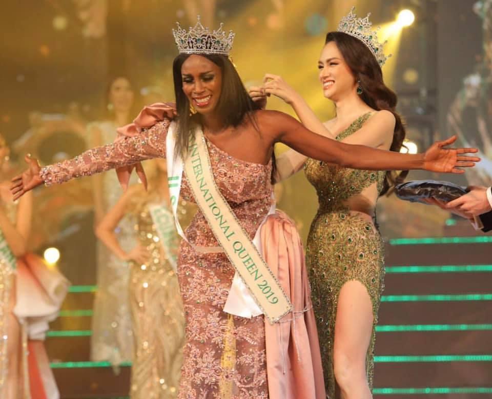 Đăng quang Hoa hậu Chuyển giới 2019, người đẹp Mỹ nhảy như vịt đập cánh khiến Hương Giang cũng phải ngỡ ngàng-6