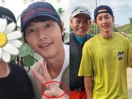 Cuối cùng, Song Joong Ki cũng chịu đeo nhẫn cưới khiến người hâm mộ ấm lòng