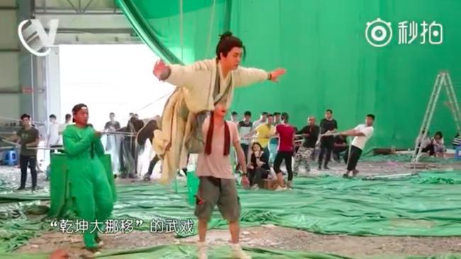 Sự thật cảnh bay lượn như chim của Trương Vô Kỵ trong Tân Ỷ Thiên Đồ Long ký-2