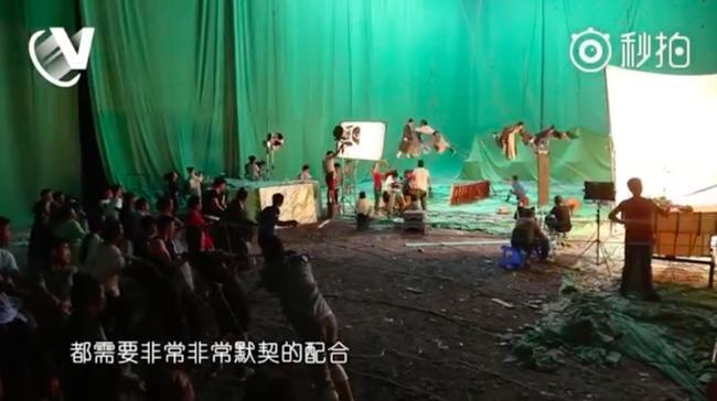 Sự thật cảnh bay lượn như chim của Trương Vô Kỵ trong Tân Ỷ Thiên Đồ Long ký-3