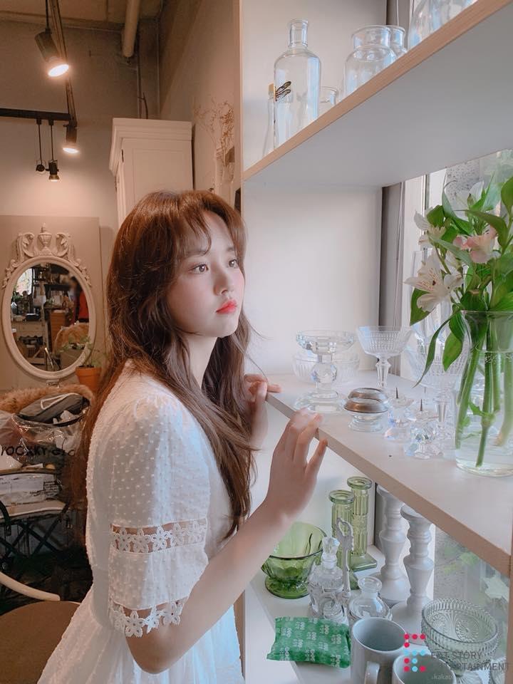 Em gái mưa Kim So Hyun khiến chiếc váy cháy hàng vì diện lên quá xinh đẹp-1
