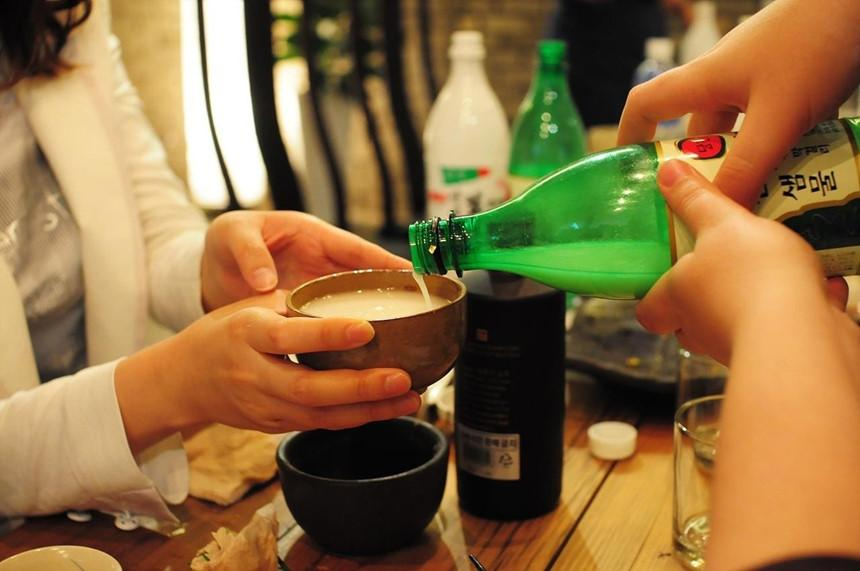 Tiền boa và những điều tối kỵ trong cách ăn uống ở Hàn Quốc-2