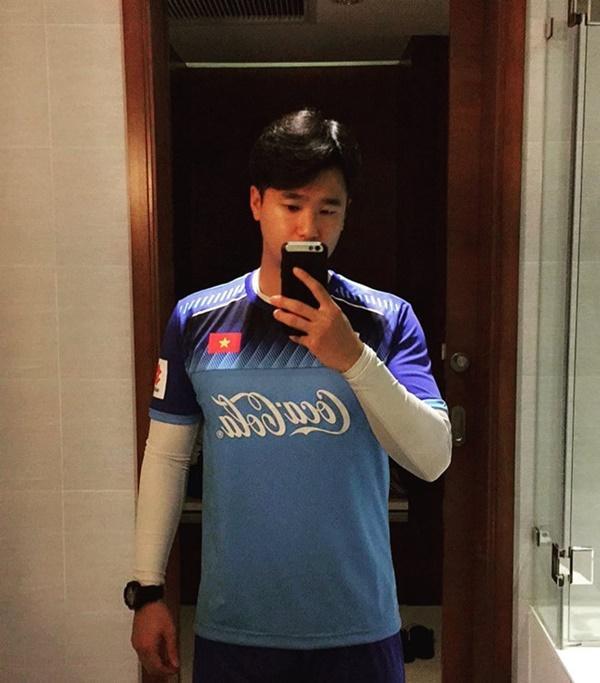 Fan nữ của U23 Việt Nam có thêm tân HLV thể lực để thương nhớ-2