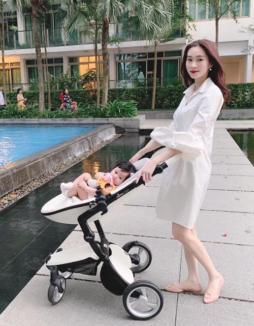 3 cặp mẹ đẹp - con xinh sành điệu của showbiz Việt-3