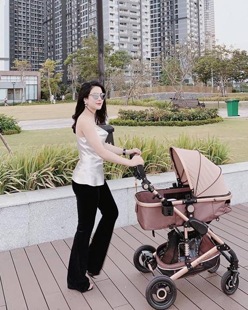 3 cặp mẹ đẹp - con xinh sành điệu của showbiz Việt-7