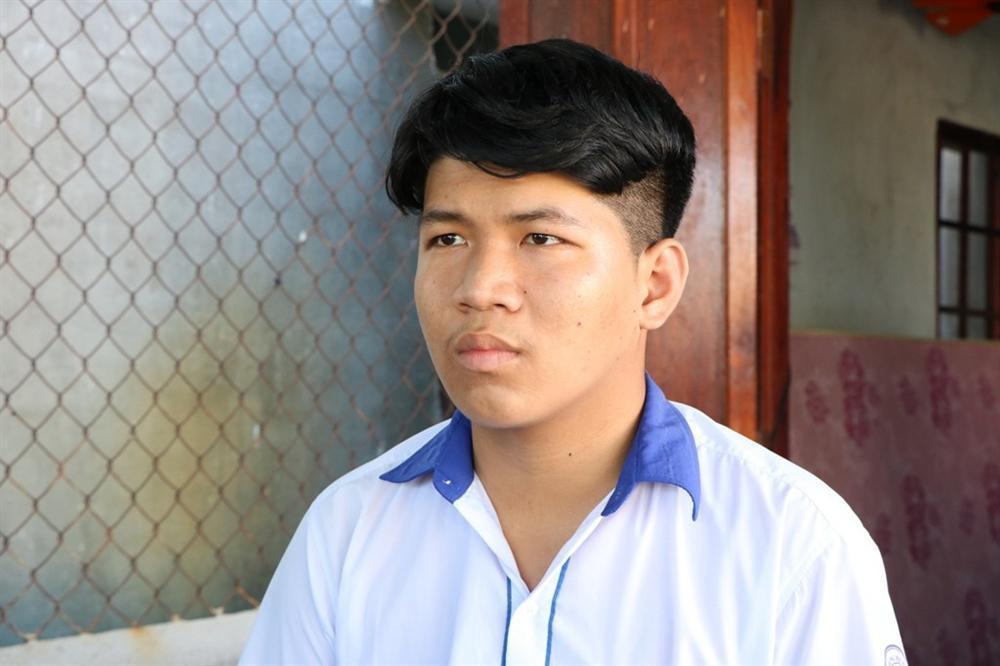 Vụ cô giáo vào nhà nghỉ với học sinh lớp 10: Nhà trường chính thức khẳng định em Trần Công Mẫn đã bị oan-1
