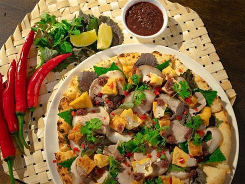 Kỳ lạ với món Pizza bún đậu mắm tôm-1