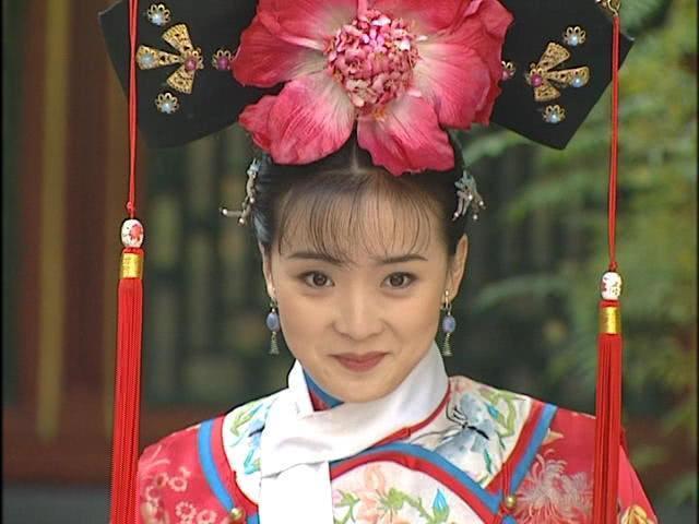 Mỹ nhân đẹp nhất Hoàn Châu cách cách từng bỏ lỡ vai diễn Chu Chỉ Nhược trong Ỷ Thiên Đồ Long Ký-3