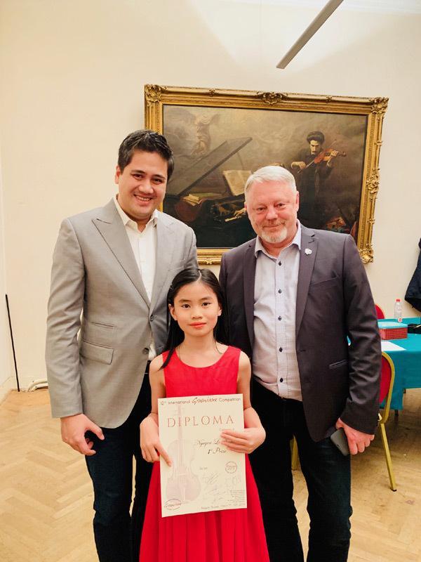 Học trò Bùi Công Duy đạt giải nhất cuộc thi violin quốc tế-5