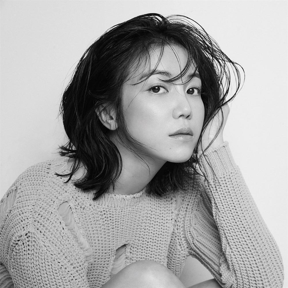 Mỹ nhân bị đồn cặp kè Song Joong Ki: Thành danh nhờ phim 18+, bị ghét vì quá hám tiền-2