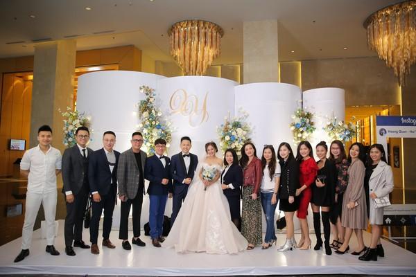 Dàn biên tập viên VTV3 cùng hội tụ chúc mừng đám cưới ngọt lịm của chàng MC 'Cà phê Sáng'-7