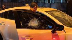 Thanh niên đập nát xe sang, sẵn sàng đánh chết bồ nhí của bố: 'Tao thề tao sẽ giết mày'