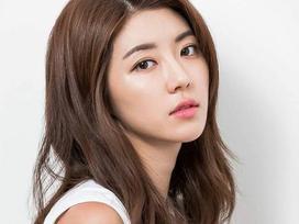 Mỹ nhân Park Han Byul đau đớn bị khán giả tẩy chay chỉ vì bê bối mại dâm của chồng và Seungri Big Bang