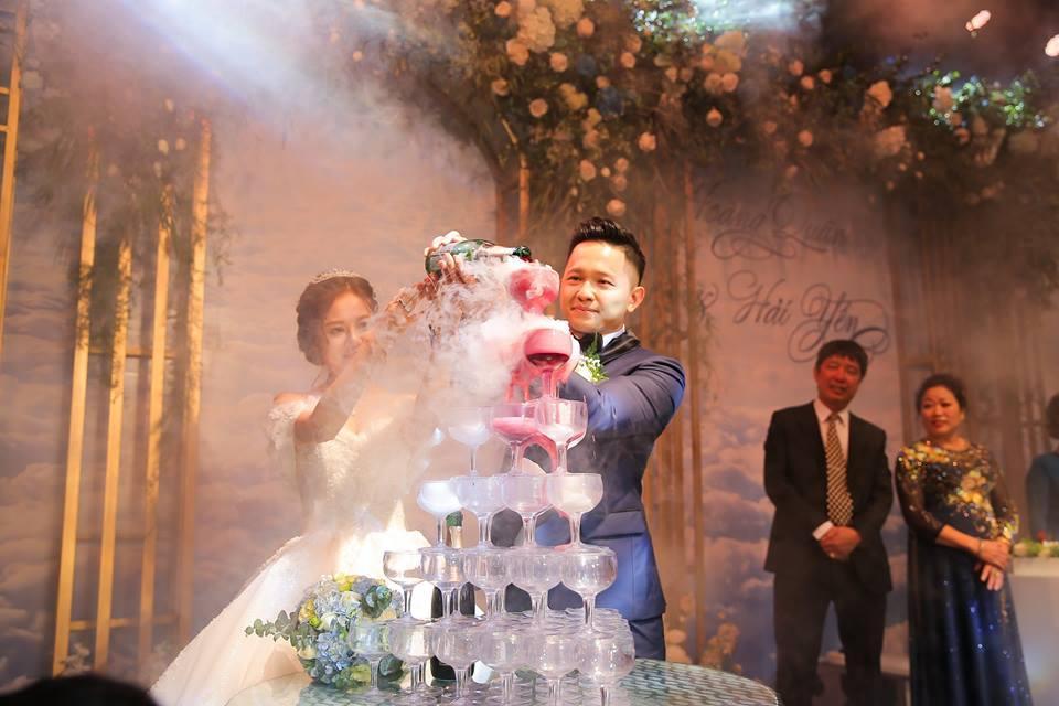 Clip cực hot ở đám cưới MC Cà phê sáng: Cô dâu, chú rể hát hay như ca sĩ chuyên nghiệp-8