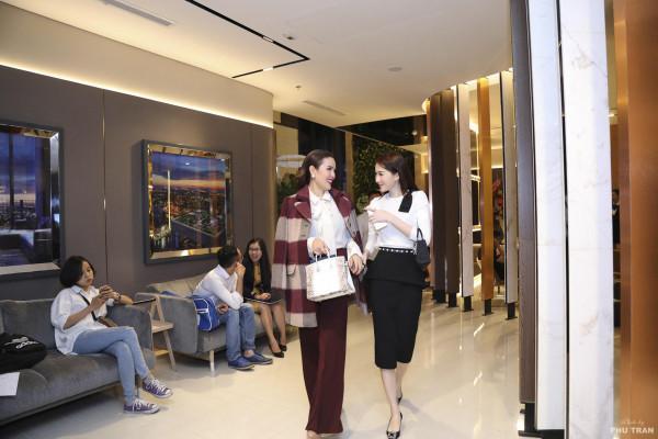 Sự thật về chiếc túi Hermès Birkin đắt nhất thế giới Lâm Khánh Chi được chồng tặng-5