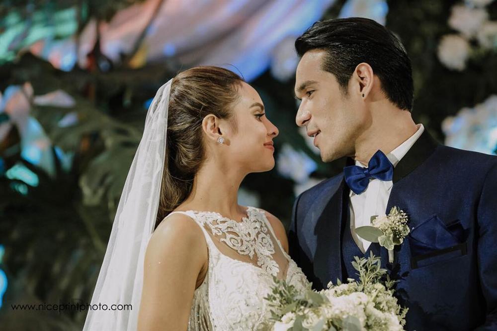 Mỹ nhân gợi cảm nhất Philippines bị chồng ghen tuông vì thân thiết với đồng nghiệp-3
