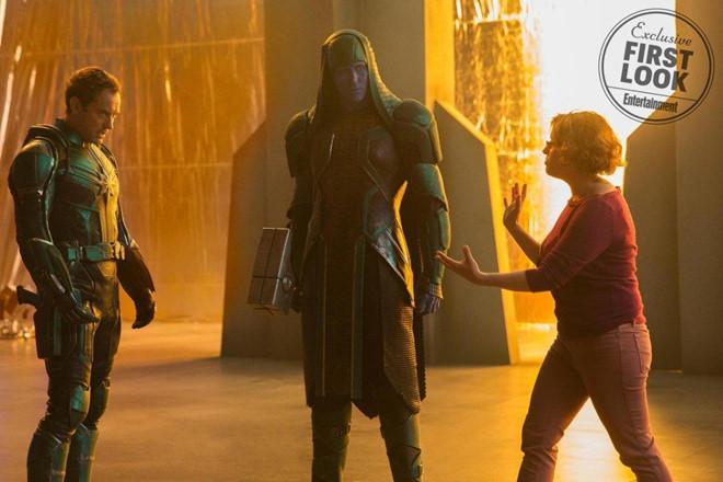 Hàng loạt chi tiết thú vị ẩn giấu trong bom tấn 'Captain Marvel'-3