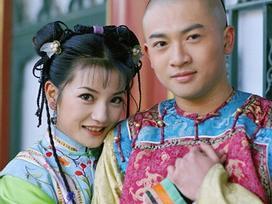 Triệu Vy và Tô Hữu Bằng làm lại 'Hoàn Châu Cách Cách': Hứa Khải vai Ngũ A Ca, Lâm Tâm Như đóng mẹ Hạ Tử Vy