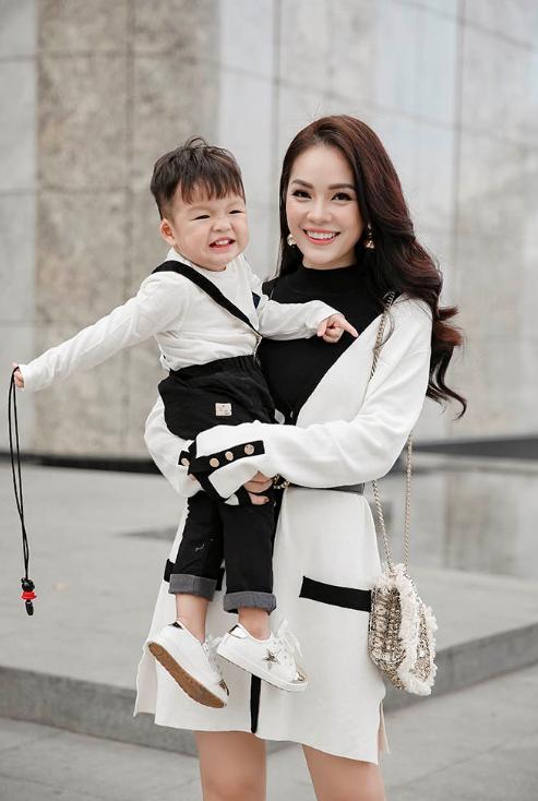 Dương Cẩm Lynh: Con trai tôi với nhà nội chưa có được sự gần gũi-2
