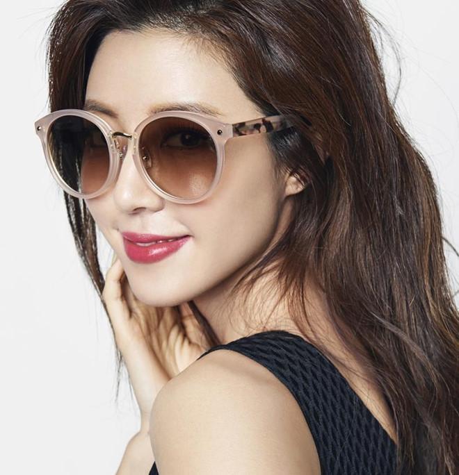 Người đẹp Hàn có cả chồng và bạn trai cũ từng dính vào án mại dâm-18