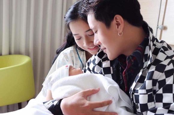 Lâu lắm mới chụp hình, em gái Nhã Phương khiến dân mạng bất ngờ với vẻ đẹp sau sinh-5