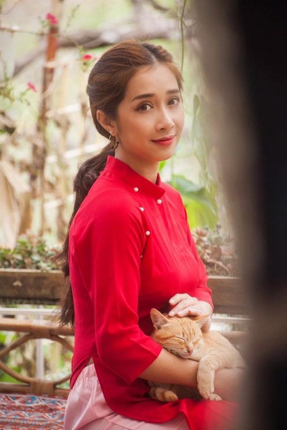 Lâu lắm mới chụp hình, em gái Nhã Phương khiến dân mạng bất ngờ với vẻ đẹp sau sinh-7