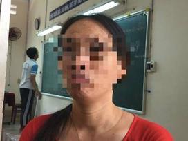Cô giáo 'không nói gì' lại bị đình chỉ vì ném vở học sinh