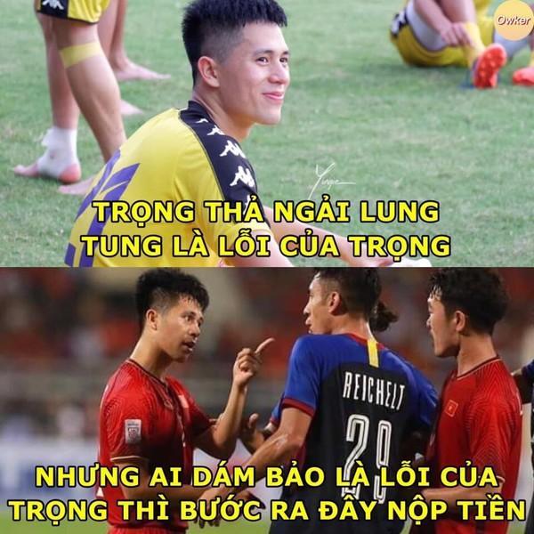 Ảnh chế cực 'lầy lội' của các chàng tuyển thủ Việt theo triết lý tình yêu của Miss Hương Giang khiến dân mạng cười nghiêng ngả-7