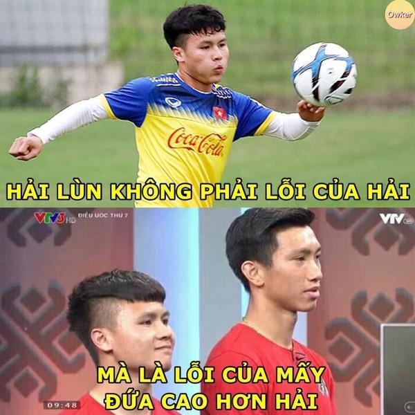 Ảnh chế cực 'lầy lội' của các chàng tuyển thủ Việt theo triết lý tình yêu của Miss Hương Giang khiến dân mạng cười nghiêng ngả-8