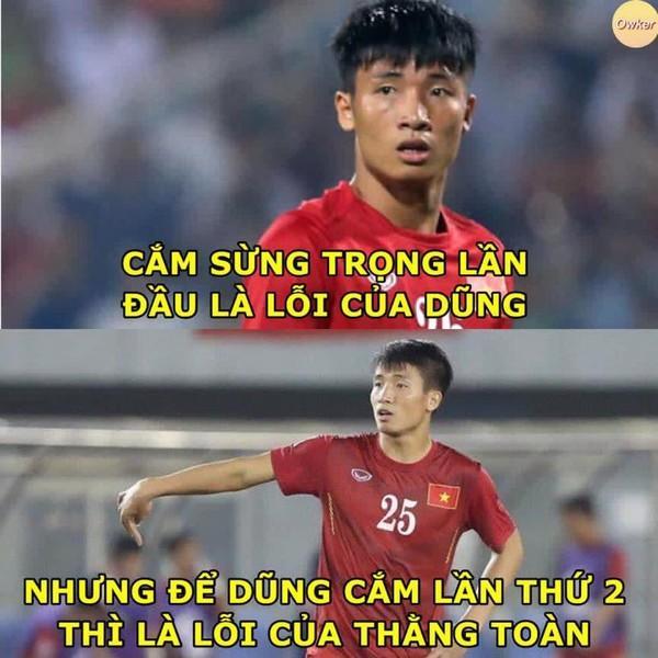 Ảnh chế cực 'lầy lội' của các chàng tuyển thủ Việt theo triết lý tình yêu của Miss Hương Giang khiến dân mạng cười nghiêng ngả-10