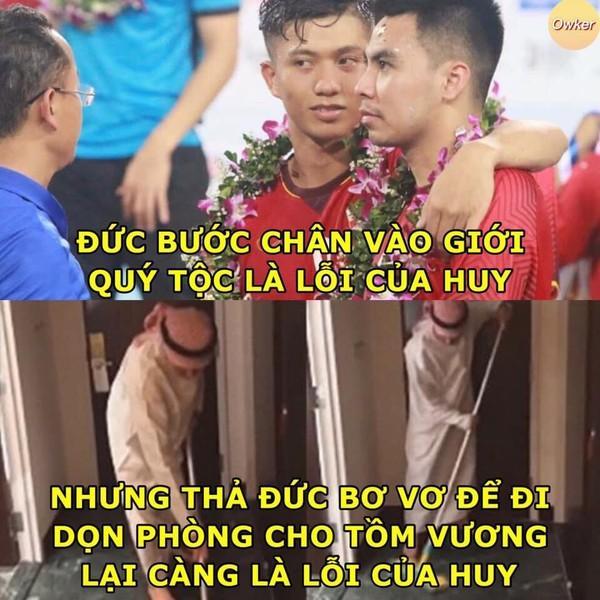 Ảnh chế cực 'lầy lội' của các chàng tuyển thủ Việt theo triết lý tình yêu của Miss Hương Giang khiến dân mạng cười nghiêng ngả-12
