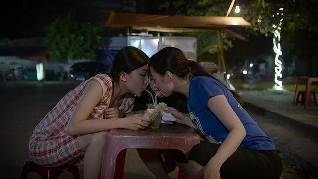 Phim Việt khung giờ vàng: Nội dung hời hợi, cảnh nóng bao trùm-2