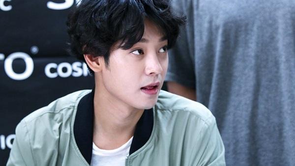 Trước khi trở thành 'tội đồ Hàn Quốc', Jung Joon Young đã từng là chàng trai lãng tử như thế này!-9