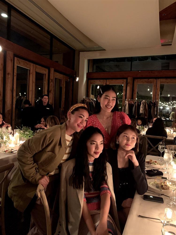 Châu Bùi trở thành gương mặt Việt duy nhất tham dự show ra mắt BST xuân hè của H&M mà fan cứ ngỡ cô làm travel blogger-1