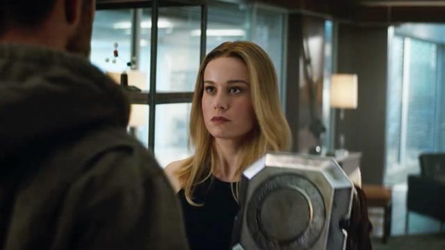 Thor gặp Captain Marvel trong trailer mới 'Avengers: Endgame'-2