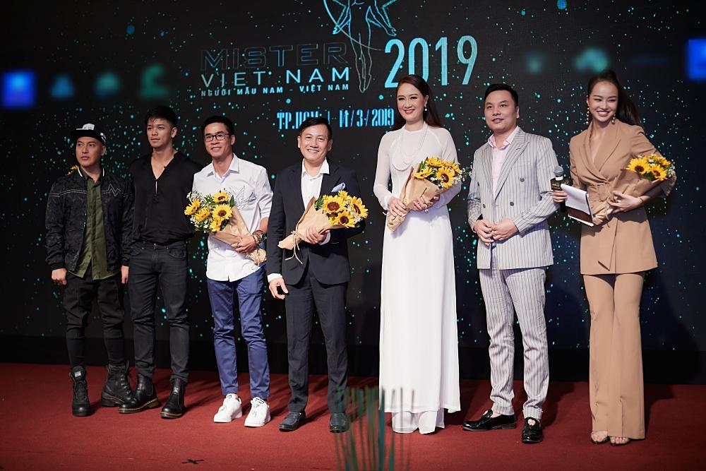 Ông trùm Phúc Nguyễn nói về đương kim Hoa hậu Trái Đất 2018: Phương Khánh chỉ là người có danh hiệu hợp lệ trên thế giới mà thôi-3