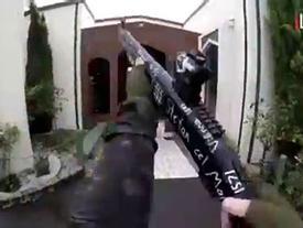 Xả súng New Zealand: Tay súng vừa nã đạn vừa phát video trực tiếp