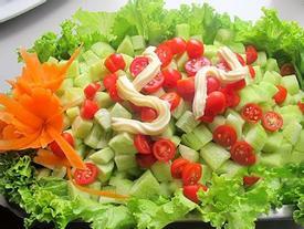 6 cách ăn cà chua có hại cho sức khỏe cần tránh