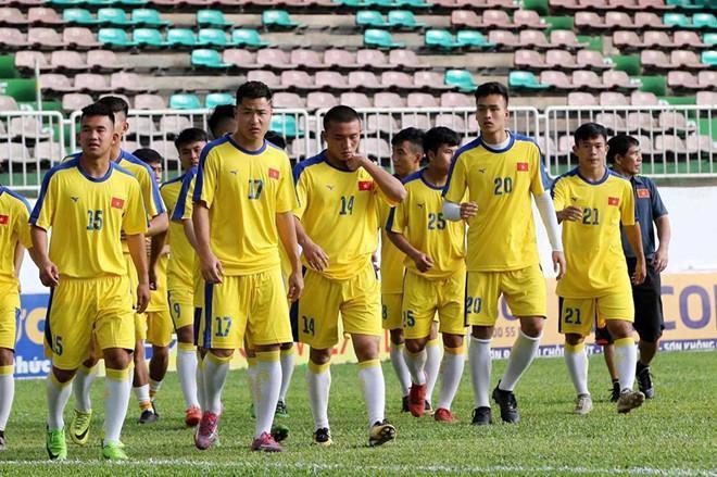 Chàng hậu vệ tranh vị trí em út điển trai của Văn Hậu tại U23-5