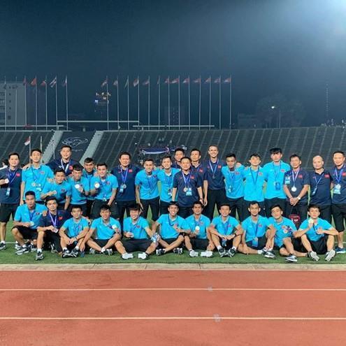 Chàng hậu vệ tranh vị trí em út điển trai của Văn Hậu tại U23-9