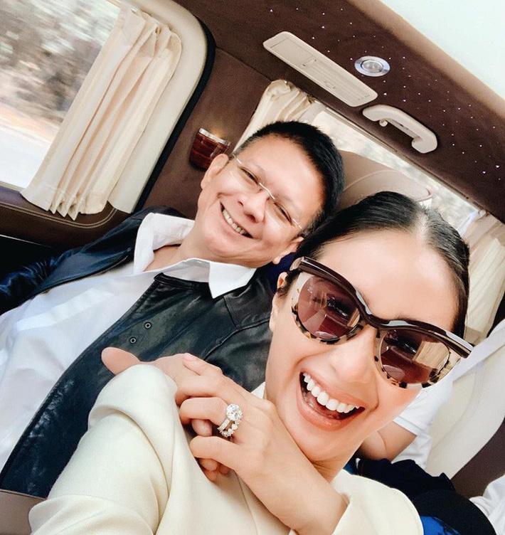 Làm vợ chính trị gia hơn 16 tuổi, bạn thân Tăng Thanh Hà có cuộc sống như bà hoàng-12
